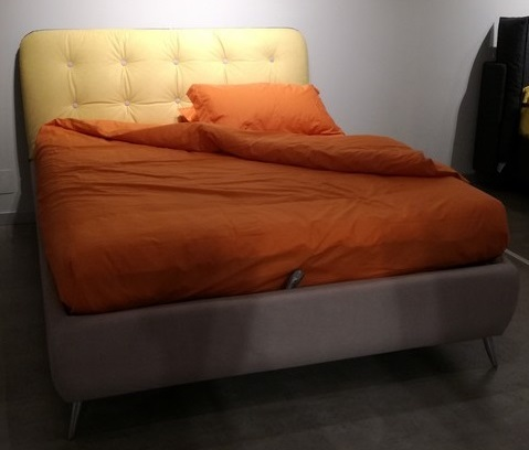 Letto matrimoniale con folding box