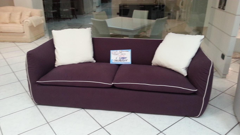 Outlet dell 39 arredamento mobilificio europa tavoli sedie for Mobilificio nuovo arredo